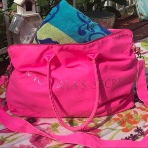 LARGE VICTORIA'S SECRET CANVAS HOT PINK DUFFLE BAG